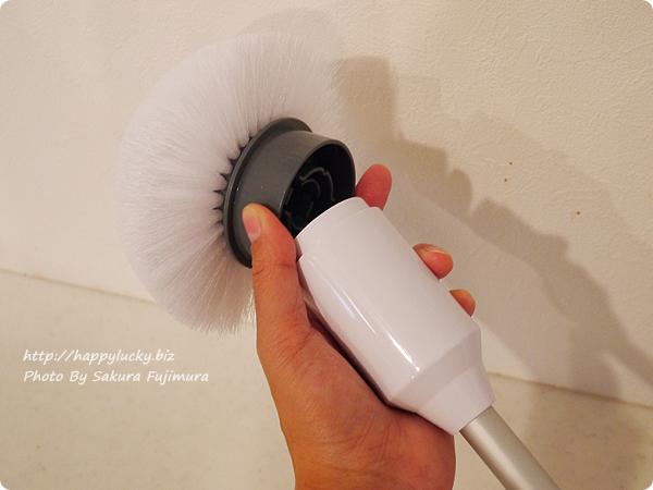 充電式風呂用電動回転ブラシ「ターボスクラブ」ブラシも楽に交換可能
