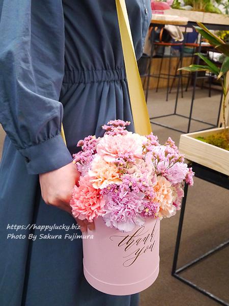【日比谷花壇】母の日 メッセージフラワーボックス「レーヴ」 インスタ映えするフラワーギフト