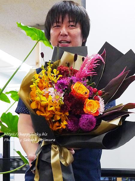 日比谷花壇シニアデザイナー(トップデザイナー)の福井崇史さん